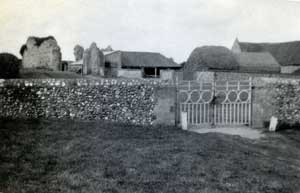 Old boundary walls before the cemetery was enlarged, looking towards the gatehouse